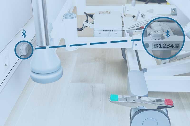 HPM® Systemsoftware: Krankenbett mit Scancode und Ansicht des BLE-Senders